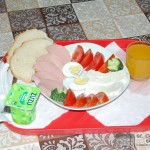 Micul Dejun- Camin de batrani Sfantul Constantin si Elena